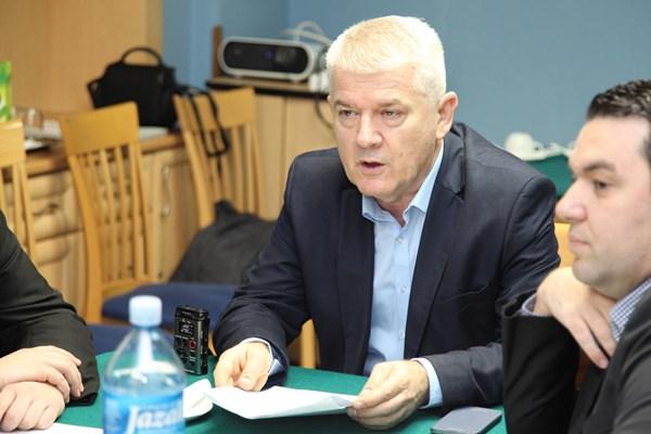 Vasin_Filipovic_ugovori_infrastrukturno_uredjenje_industrijskih_zona_a