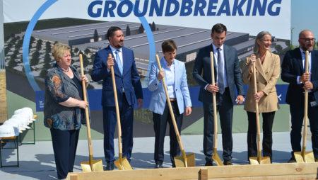NAJBOLjA EVROPSKA DESTINACIJA ZA INVESTIRANjE: Brnabićka i Gak položili kamen temeljac za novi proizvodni pogon Grundfosa